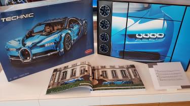 LEGO Bugatti Chiron - box
