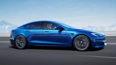 Tesla Model S facelift - side