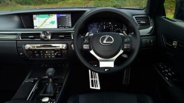 New Lexus GS F 2016 - dashboard