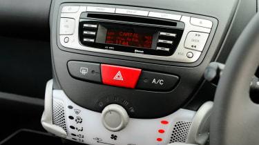 Citroen C1 centre console