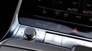 Audi S6 Avant - interior detail