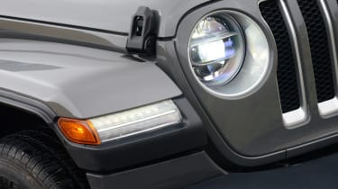 Jeep Wrangler - front light