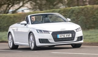 Audi TT Roadster 180 2016 - front tracking