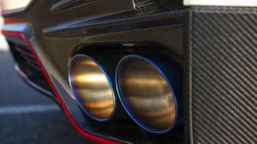 Nissan GT-R NISMO - exhaust