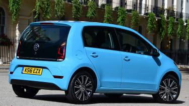 Volkswagen High up! 2016 - rear quarter