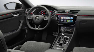 Skoda Superb facelift - dash
