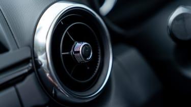 Mazda MX-5 RF - vent