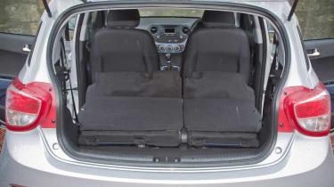 Hyundai i10 1.2 Premium boot