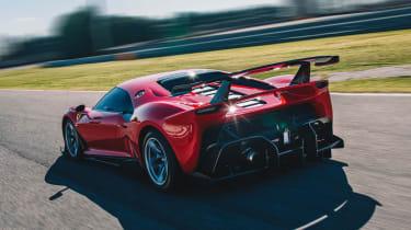 Ferrari P80/C - rear tracking