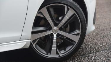 Peugeot 308 - wheel