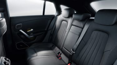 Mercedes CLA Shooting Brake - studio rear seats