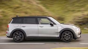 MINI Clubman ALL4 - side tracking