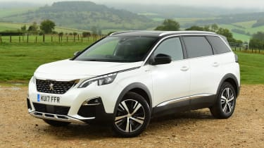 Peugeot 5008 - front static