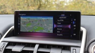 Lexus NX 300h - sat-nav
