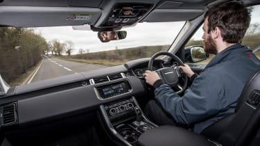 Range Rover Sport HSE MY2017 - Sam driving