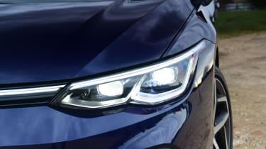 Volkswagen Golf Estate - headlight