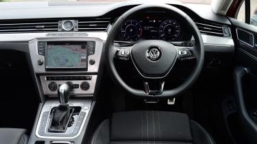 Volkswagen Passat Alltrack - interior