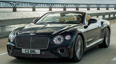 Bentley Continental GT V8 - convertible front tracking