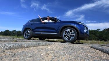 Hyundai Santa Fe main LT header