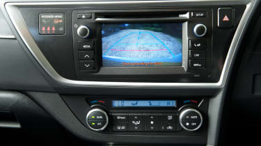 Toyota Auris Touring Sports display