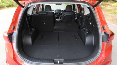 Hyundai Santa Fe - boot seats down