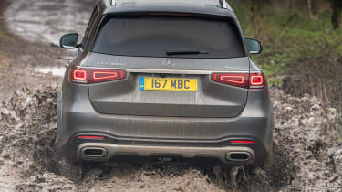 Mercedes GLS - rear off-road