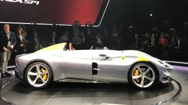 Ferrari Monza SP1 - reveal side