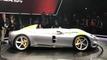 Ferrari Monza SP1 - reveal side