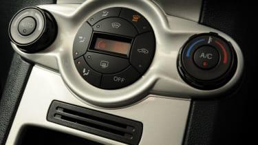 Ford Fiesta centre console