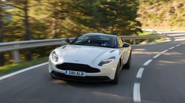 Aston Martin DB11 V8 - front tracking