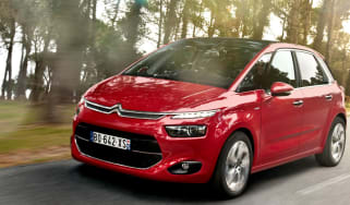 Citroen C4 Picasso front action