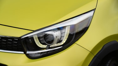 Kia Picanto - headlight