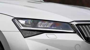 Skoda Superb iV Estate - front light