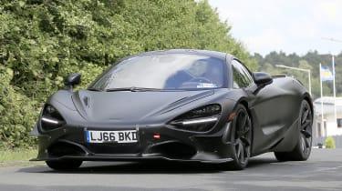 McLaren 750LT - spyshot 2
