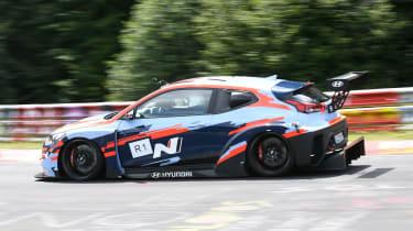 Hyundai RM19 - side cornering nurburgring