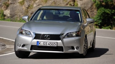 Lexus GS 250 front tracking