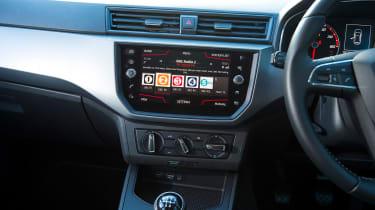 Ford Fiesta vs SEAT Ibiza - Ibiza infotainment