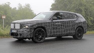 BMW X8 - 2021 spyshot 10