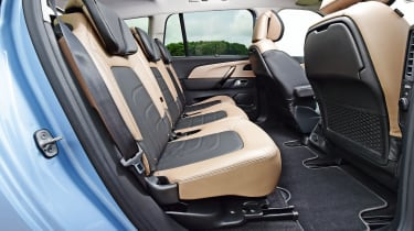 Citroen Grand C4 Picasso - middle row seats
