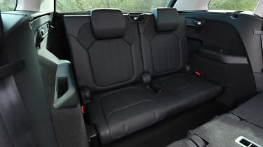 skoda kodiaq l&k third row rear seats