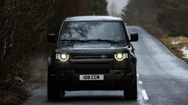 Land Rover Defender 90 V8 - full front