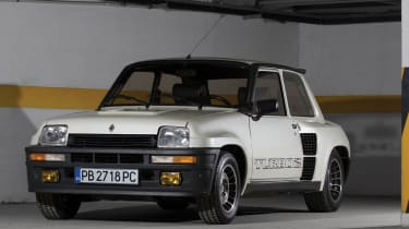 RM Sotheby's 2017 Paris auction - 1983 Renault 5 Turbo 2 front