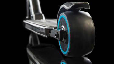 Peugeot e-Kick scooter - rear wheel