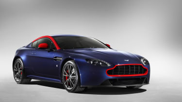 Aston Martin V8 Vantage N430 - blue red
