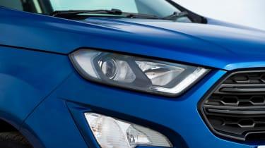 Ford EcoSport - headlight
