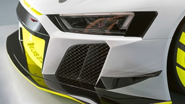 Audi R8 LMS GT2 - front light