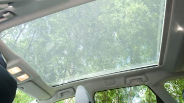 Toyota Auris Touring Sports sunroof