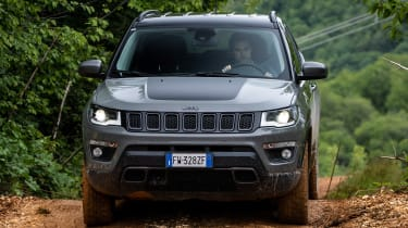 Jeep Compass Trailhawk - full front