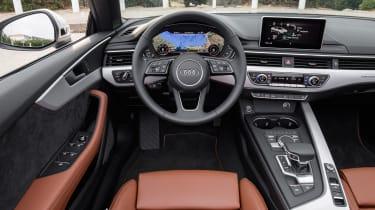 Audi A5 Cabriolet - dash