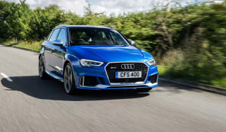 Audi RS 3 - front tracking